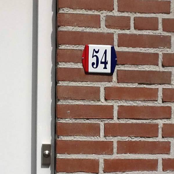 Emaille huisnummer Design Baarle Nassau (10x10 cm)