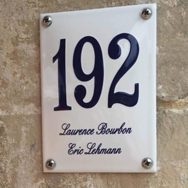 Emaille huisnummer met naam (10x14 cm)