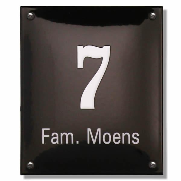 Emaille huisnummer met naam (16x19 cm)
