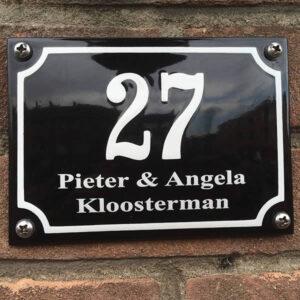 Emaille huisnummer met naam kader (14x10 cm)