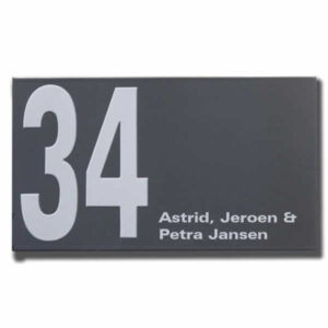 Emaille huisnummer met naam Modern (28x16 cm)